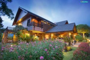 ขายบ้านโคราช เขาใหญ่ ปากช่อง : ขายบ้านพักตากอากาศ   @เขาใหญ่  อยู่ในหมู่บ้าน ภูภัทรา 1 ปากช่อง โคราช Luxury House for sale at Phupatra Khao Yai Nakhon Ratchasima