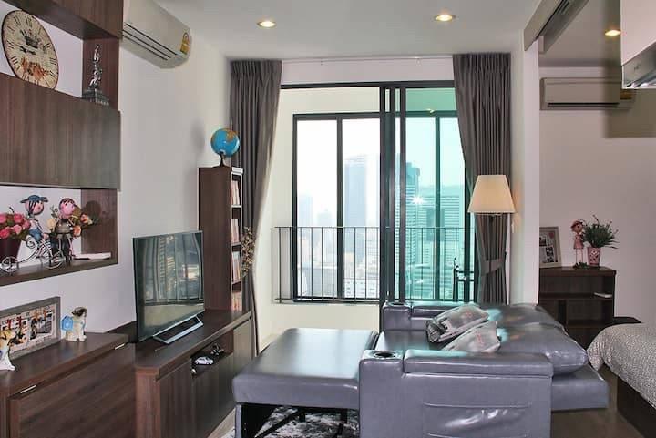 For RentCondoSiam Paragon ,Chulalongkorn,Samyan : For rent, 1 bedroom, Ideo Q Chula Samyan, only 18,500 baht per month.
