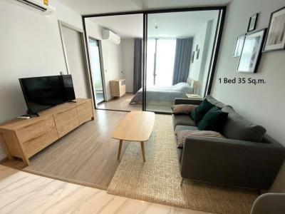 For SaleCondoSukhumvit, Asoke, Thonglor : [For Sale] Rhythm Ekkamai Estate 35 sq. m. 180 m. from Donki Mall Thonglor