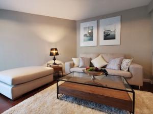 ขายคอนโดพระราม 9 เพชรบุรีตัดใหม่ : ขายและให้เช่า belle grand rama 9 duplex 3 ห้องนอน 2 ห้องน้ำ