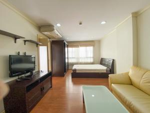 For SaleCondoSukhumvit, Asoke, Thonglor : For Sale, Lumpini Suite Sukhumvit 41 -  Fully Furnished Size  30  Sq.m., Near  BTS Phrom Phong  300 m.