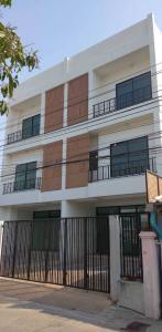 For SaleHouseOnnut, Udomsuk : 3 storey detached house for sale, newly built, Sukhumvit 101/1, near BTS Punnawithi.