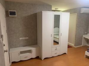 For RentCondoSamrong, Samut Prakan : Lumpini Mixx Thepharak Srinakarin 4500/month, ready to move in.