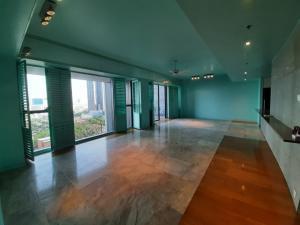 ขายคอนโดสาทร นราธิวาส : 3 bedrooms for sale at 28.5 MB The Met Condominium