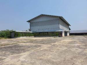 เช่าโกดังนครปฐม พุทธมณฑล ศาลายา : ให้เช่าโกดังราคาถูก!!! เนื้อที่ 7 ไร่ 1 งาน พร้อมสำนักงาน และบ้านพักคนงาน สามควายเผือก นครปฐม