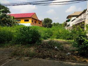 For SaleLandChaengwatana, Muangthong : Land for sale 100 wa, already filled, Ngamwongwan 43 zone, Prachachuen, in Soi Chinnakhet 1/47.