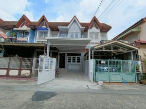 For SaleTownhouseRamkhamhaeng,Min Buri, Romklao : 2-storey townhouse, Sirinthep Village, 9 Ramkhamhaeng, Soi Mistine, Rat Phatthana 14 Road, New Renovate