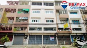 For SaleShophousePinklao, Charansanitwong : Commercial building for sale, 2 booths, 4 floors, Soi Borommaratchachonnani 6.