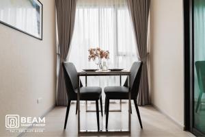 For RentCondoRama9, RCA, Petchaburi : RT013_P 💖RHYTHM ASOKE💖**Very beautiful room, fully furnished, ready to move in** Convenient transportation near MRT Rama 9.