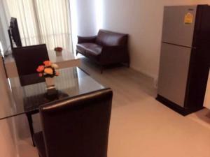 For RentCondoRatchadapisek, Huaikwang, Suttisan : Condo for rent Quinn Ratchada 17 BA21_07_083_02 furniture, electrical appliances, price 12,999 baht.