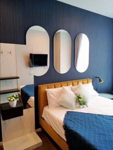 For RentCondoOnnut, Udomsuk : For rent 14000 baht, whizdom essence room, next to BTS Sukhumvit 101/1