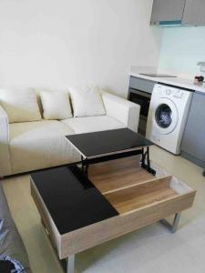 For SaleCondoSukhumvit, Asoke, Thonglor : 🌟Rhythm Sukhumvit 36 - 38 for sell 4.36MB. Studio room 1 bathroom 24.5 sq.m. fl.14 Fully furnished, Ready move in near BTS Thonglor🌟