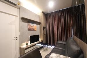 For RentCondoRama9, Petchburi, RCA : The Niche Pride Thonglor Phetchaburi Urgent rent!! 12,000 baht, 1 bedroom, size 31 sq m, furnished, ready to move in, make an appointment to see the room.