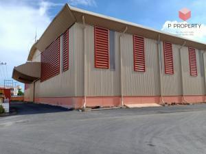 For RentWarehouseMahachai Samut Sakhon : Warehouse for rent, area size 1,440-2,250 Krathum Baen, Samut Sakhon.