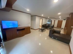 For RentCondoSamrong, Samut Prakan : Thana City Novel, price 13,000 baht. Make an appointment to see the room. Message via Line. Line ID: @easycondo (with @ too)