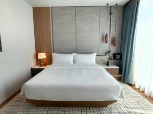 "For RentCondoWitthayu,Ploenchit  ,Langsuan : Rental : Luxury Condo with Hotel Service ""Kimston Malai Residence """