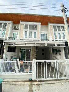 For RentTownhouseRama5, Ratchapruek, Bangkruai : Townhome for rent, 4 bedrooms (upper 3, bottom 1), fully furnished, ready to move in, near Nam Non pier Thanam Non Market Phra Nang Klao Bridge Hospital, near MRT Phra Nang Klao Bridge