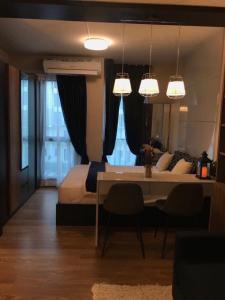For RentCondoBangna, Bearing, Lasalle : Condo for rent, Unio Sukhumvit 72 BA21_06_063_05, beautiful room, fully furnished, price 7,499 baht.