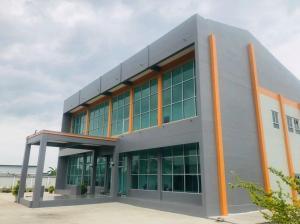 For SaleFactoryLadkrabang, Suwannaphum Airport : Prefabricated factory with office, area 3 rai, adjacent to the Suvarnabhumi logistics network.