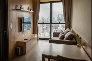 For RentCondoSukhumvit, Asoke, Thonglor : 🌟Ashton Asoke for rent 1 bedroom 1 bathroom 36 sq.m. fl.43 price 35,500 THB/month Fully furnished, Ready move in near BTS Asoke🌟