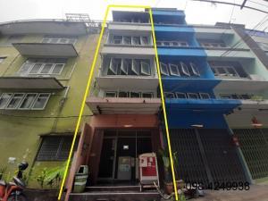 ขายตึกแถว อาคารพาณิชย์บางซื่อ วงศ์สว่าง เตาปูน : ขาย ตึกแถว อาคารพาณิชย์ ตลาดศรีเขมา  4 ชั้น 13 ตรว. 7 นอน 4 น้ำ ประชาราษฎร์สาย 1 ซอย 36