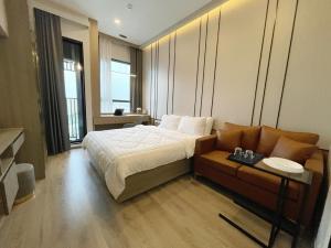 For RentCondoOnnut, Udomsuk : 🔥🔥Hot Deal!🔥🔥 For rent Knightbridge Prime Onnut Sukhumvit 77, 24 sq m. Floor 18, Studio, near BTS On Nut [Code:A327]