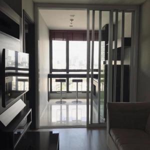 For RentCondoOnnut, Udomsuk : Cheapest price, the best. Condo for rent Rhythm Sukhumvit 44/1 1 bedroom 1 bathroom size 35 sq m. Floor 12A.