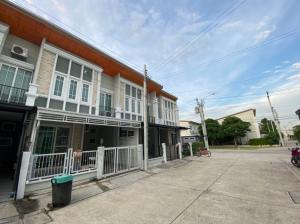 For RentTownhouseChengwatana, Muangthong : For rent, Golden Town Wong Sawang-Khae Rai project, special price!!!