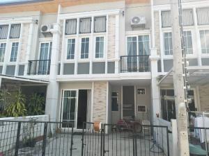 For RentTownhouseKaset Nawamin,Ladplakao : Townhome for rent Golden Town Ladprao-Kaset Nawamin.