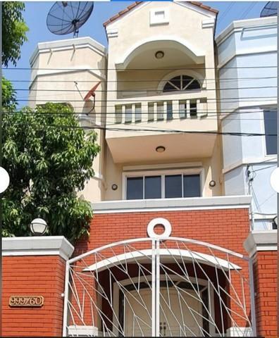 For RentTownhouseRatchadapisek, Huaikwang, Suttisan : ให้เช่าทาวน์โฮม3ชั้น ย่านเหม๋งจ๋าย ห้วยขวาง หมู่บ้าน เกศินีวิลล์ รัชดา-เหม่งจ๋าย ใกล้โรงเรียนนานาชาติสิงค์โปร์ ตกแต่งพร้อมอยู่ อนุญาตให้เลี้ยงสัตว์