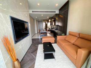 For RentCondoSukhumvit, Asoke, Thonglor : 🌟THE ESSE SUKHUMVIT for rent 2 bedroom 2 bathroom 72.34 sq.m. Fl.19 Brand New Fully furnished, Ready move in near BTS Thonglor🌟