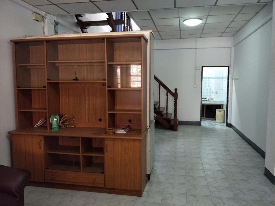 For RentTownhouseRamkhamhaeng, Hua Mak : Townhouse for rent, 2 floors, Preecha Village, Soi 8, Soi Hua Mak 31, size 16 sq m, 2 bedrooms, 2 bathrooms, 10,000 baht, 064-959-8900