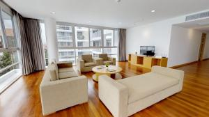 For RentCondoSukhumvit, Asoke, Thonglor : 20% Discount on the 1st mt, 3BR @ Apartment in Ekkamai by Nestcovery Realty