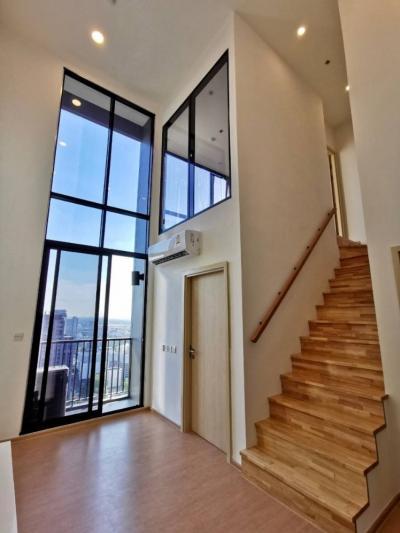 ขายคอนโดสุขุมวิท อโศก ทองหล่อ : ขายคอนโดเลี้ยงสัตว์ได้ราคาพิเศษ คอนโดมารุ เอกมัย  แนว Modern Japan ห้อง Duplex เพดานสูงโปร่ง