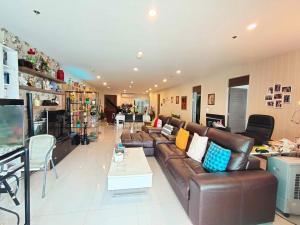 เช่าคอนโดพระราม 3 สาธุประดิษฐ์ : ฺฺB002 Supalai Prima Riva for rent. 3 bed 3 balconies 256 sqm.