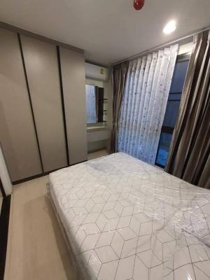 For RentCondoBangna, Lasalle, Bearing : The Excel Groove LaSalle - Lasalle Road, 5 minutes to Sri Lasalle Station, 29 sqm, 3rd floor, Building C, beautiful pool view, fully furnished, pool view, corner room, focus on privacy.