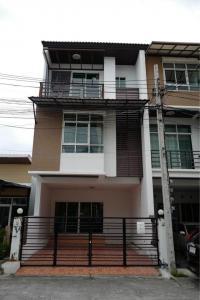 For RentTownhouseChengwatana, Muangthong : CH304-BH-RE Townhome for rent, 3 and a half floors, 3 bedrooms, 3 bathrooms, The Roof Chaengwattana.