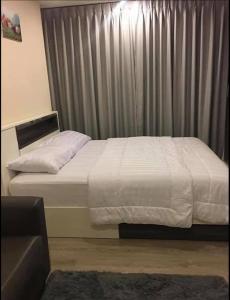 For RentCondoBang kae, Phetkasem : Condo for rent, Chewathai Petchkasem 27, ready to move in, opposite Siam University, near BTS-MRT Bang Wa