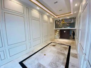ขายตึกแถว อาคารพาณิชย์สุขุมวิท อโศก ทองหล่อ : ขายอาคารพาณิชย์ ติดถนนใกล้ BTS เอกมัยเพียง 200 ม.