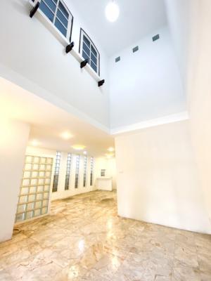 For SaleTownhouseRangsit, Patumtani : Garden Home Village, Lake Village, Townhouse, high ceiling, beautiful, airy, comfortable, 3 floors, 30 sq.wa.