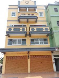 For SaleShophouseNakhon Pathom, Phutthamonthon, Salaya : Commercial building for sale, behind the rim, 2 booths, 4 floors, Phutthamonthon Sai 5
