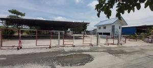For RentWarehouseLadkrabang, Suwannaphum Airport : RKJ053 Warehouse for rent, 2 rai, 2 storey office, Romklao Soi 21.
