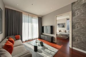 For RentCondoSukhumvit, Asoke, Thonglor : B015 KHUN by YOO 2 bed 82.21 sqm. 15 floor.