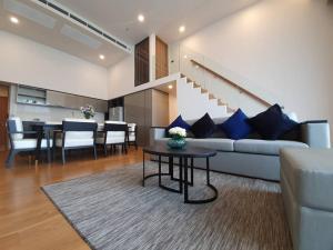 "For RentCondoSukhumvit, Asoke, Thonglor : Duplex condo at Phromphong ""Siamese 31"" for RENT"