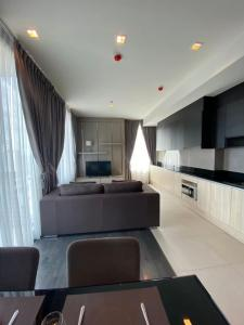 For RentCondoSukhumvit, Asoke, Thonglor : B028 Edge Sukhumvit 23. 2 bed 65 sqm. 33 floor.