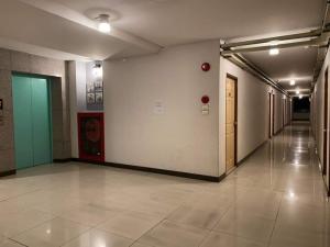 ขายขายเซ้งกิจการ (โรงแรม หอพัก อพาร์ตเมนต์)โชคชัย4 ลาดพร้าว71 : ขาย อพาร์ทเม้นท์ ลาดพร้าว 41 ห้องเช่า 114 ห้อง เฟอร์ครบ ร้านค้า 3 ห้อง สามารถ ปล่อย เช่า รายวัน ได้