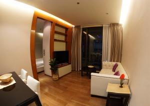 For RentCondoSukhumvit, Asoke, Thonglor : Owner Post! The Address Sukumvit 28 2 bedrooms high floor
