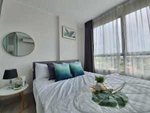 For SaleCondoLadkrabang, Suwannaphum Airport : Condo for sale, D Condo On Nut-Rama 9, take care of the loan for free. Recovered not passed full refund lek 089-9888-058 ball 095-5145156 #D Condo Onnut-Rama 9 #Chalerm Phrakiat Rama 9 near Airport Link Ban Thap Chang Project details: D Condo On Nut - Ram