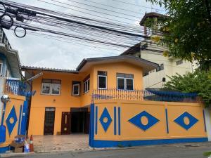 For SaleHouseThaphra, Wutthakat : House for sale 50 square meters, Soi Petchkasem 3, Tha Phra, Wongwian Yai, near MRT Tha Phra