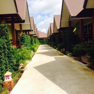 For SaleBusinesses for saleSamut Songkhram : Quick sale! Amphawa Resort, area 3 rai